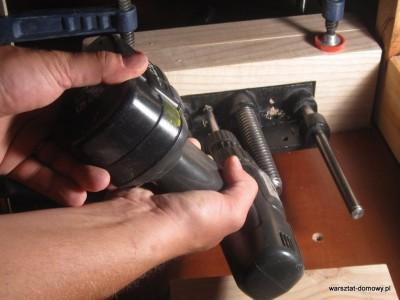 IMG 0594 400x300 Instalacja imadła czołowego do stołu warsztatowego   cz. 2