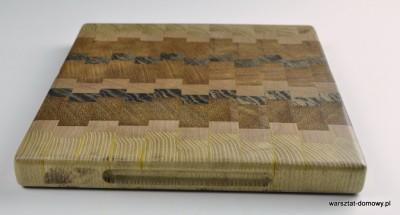 DSC 4087 400x215 Kwadratowa deska do krojenia   jesion, mahoń, czarny dąb