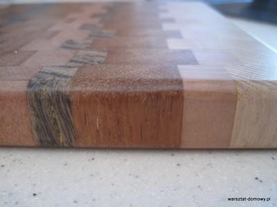 IMG 1088 400x300 Kwadratowa deska do krojenia   jesion, mahoń, czarny dąb