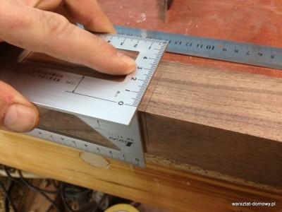 2014 01 26 00.09.10 400x300 Relacja z budowy stołka warsztatowego (#SSBO)