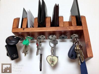 2014 07 31 21.16.52 400x300 Półka na portfele i klucze z  palety   (część 2)