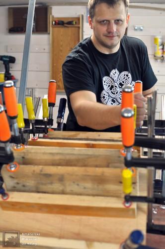 DSC 0136 332x500 Półokrągły stojak na drewno kominkowe   cz. 1