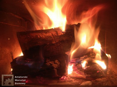 fire 15103 1280 400x300 Półokrągły stojak nadrewno kominkowe   cz.1