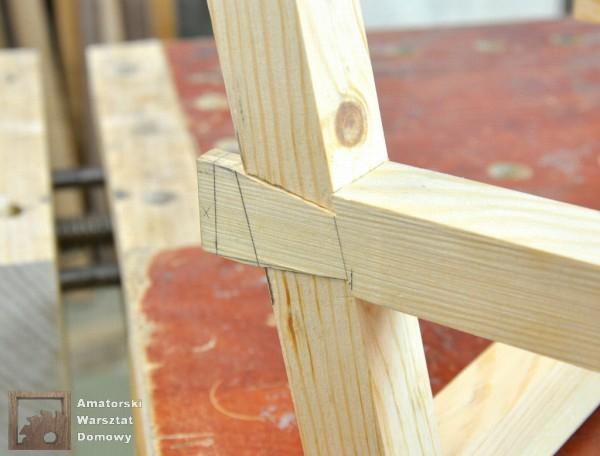 10 DSC 0361 600x456 Półokrągły stojak na drewno kominkowe   cz. 2
