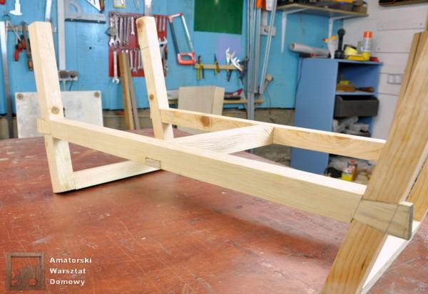 13 DSC 0364 600x413 Półokrągły stojak na drewno kominkowe   cz. 2