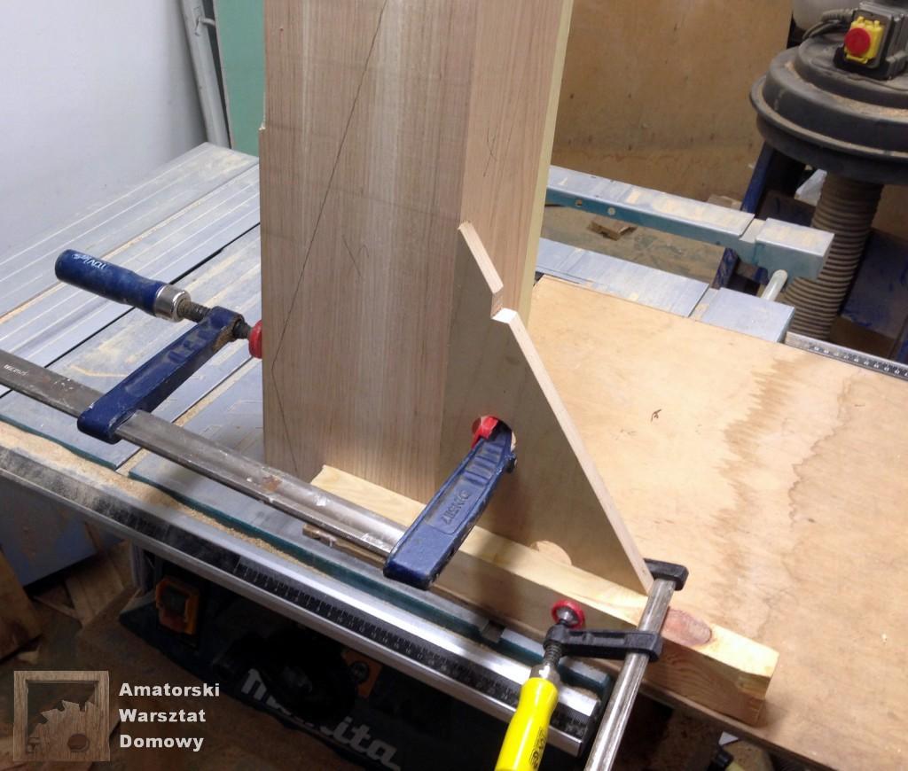 IMG 5555 1024x870 Dębowy stołek według projektu pani Joanny
