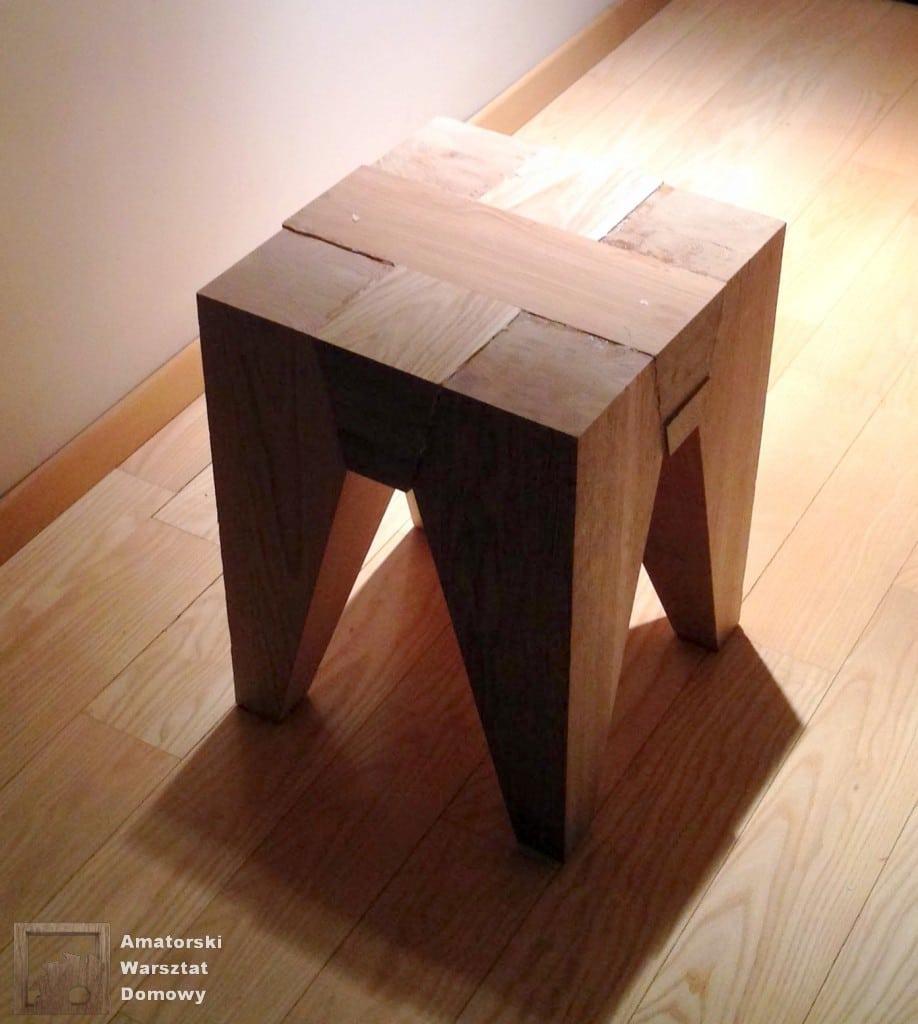 IMG 5681 918x1024 Dębowy stołek według projektu pani Joanny