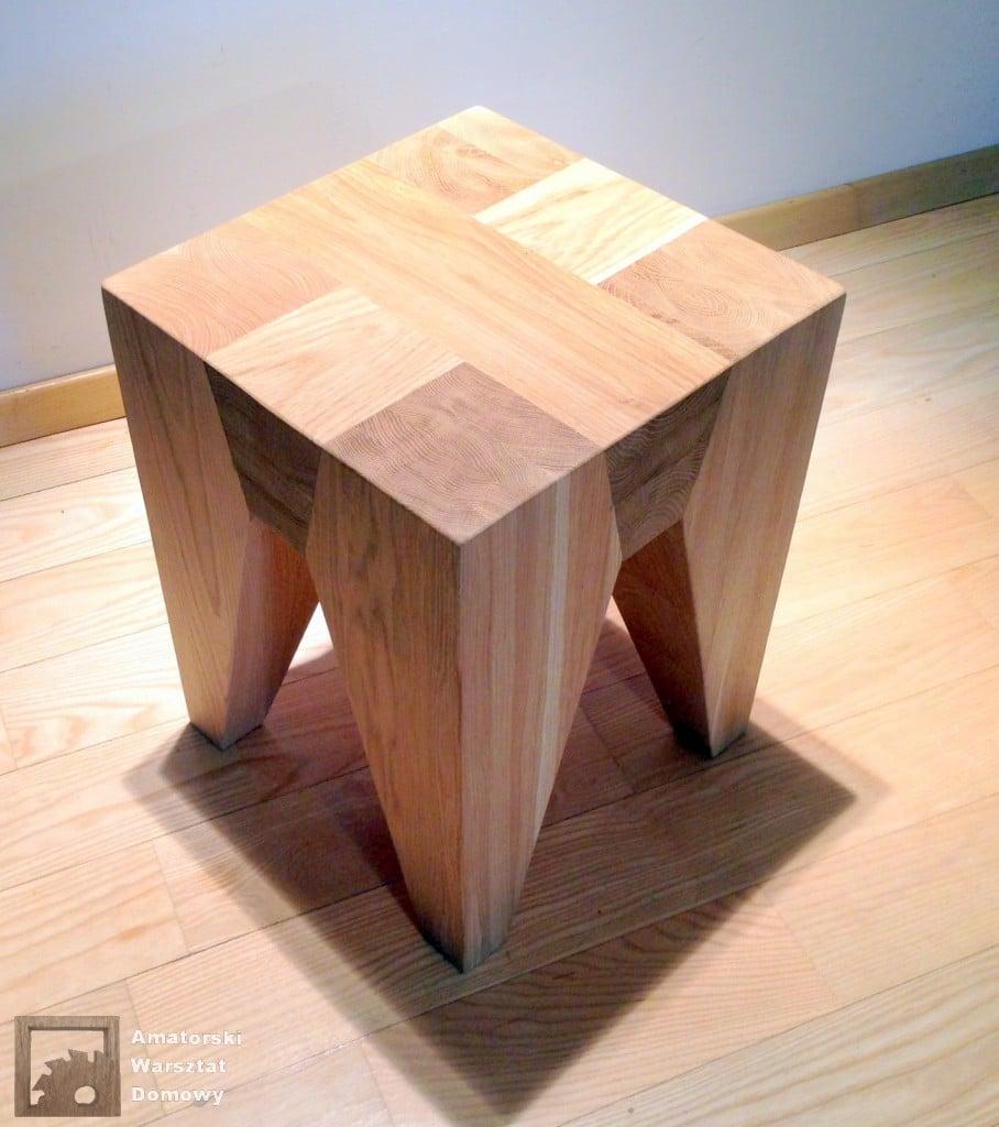 IMG 5716 908x1024 Dębowy stołek według projektu pani Joanny